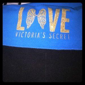 GUC VICTORIA SECRETS XL yoga pants short in length